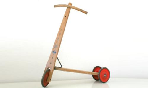 Historia Patinete primeros patinetes de madera